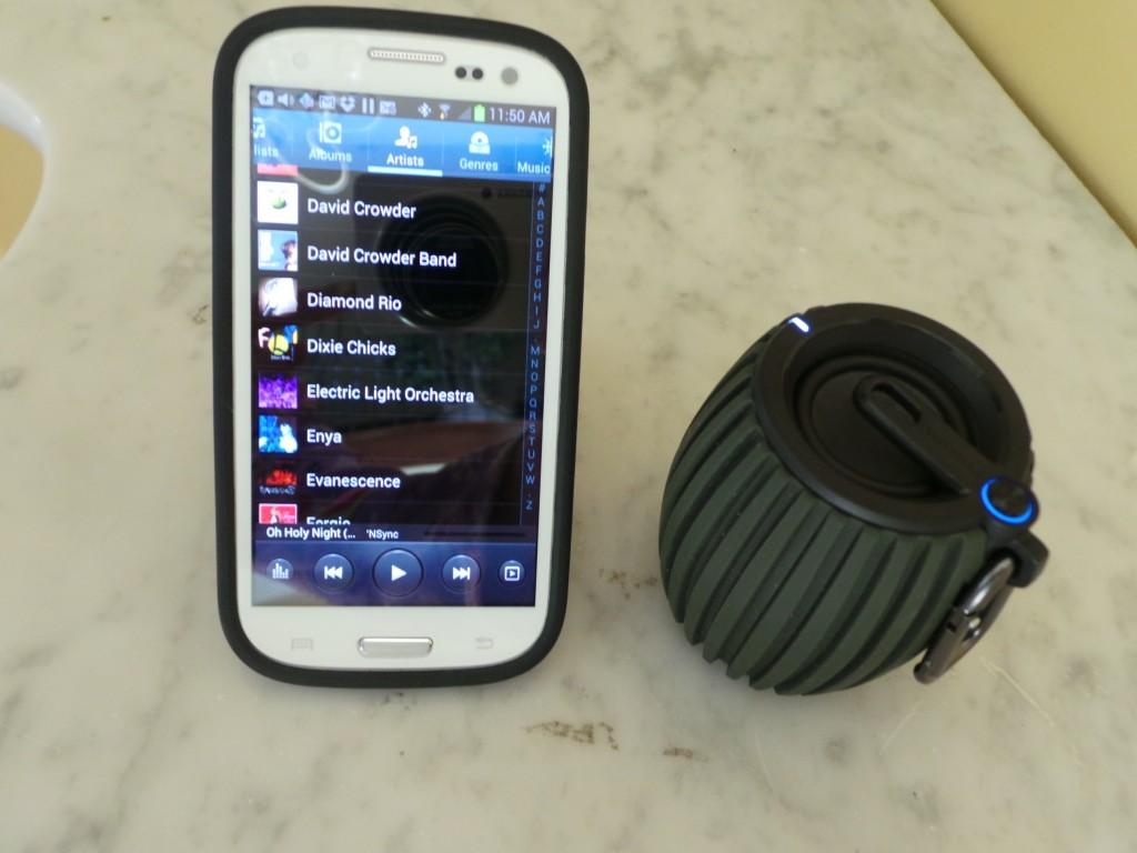 Philips SoundShooter Bluetooth Speaker (3)