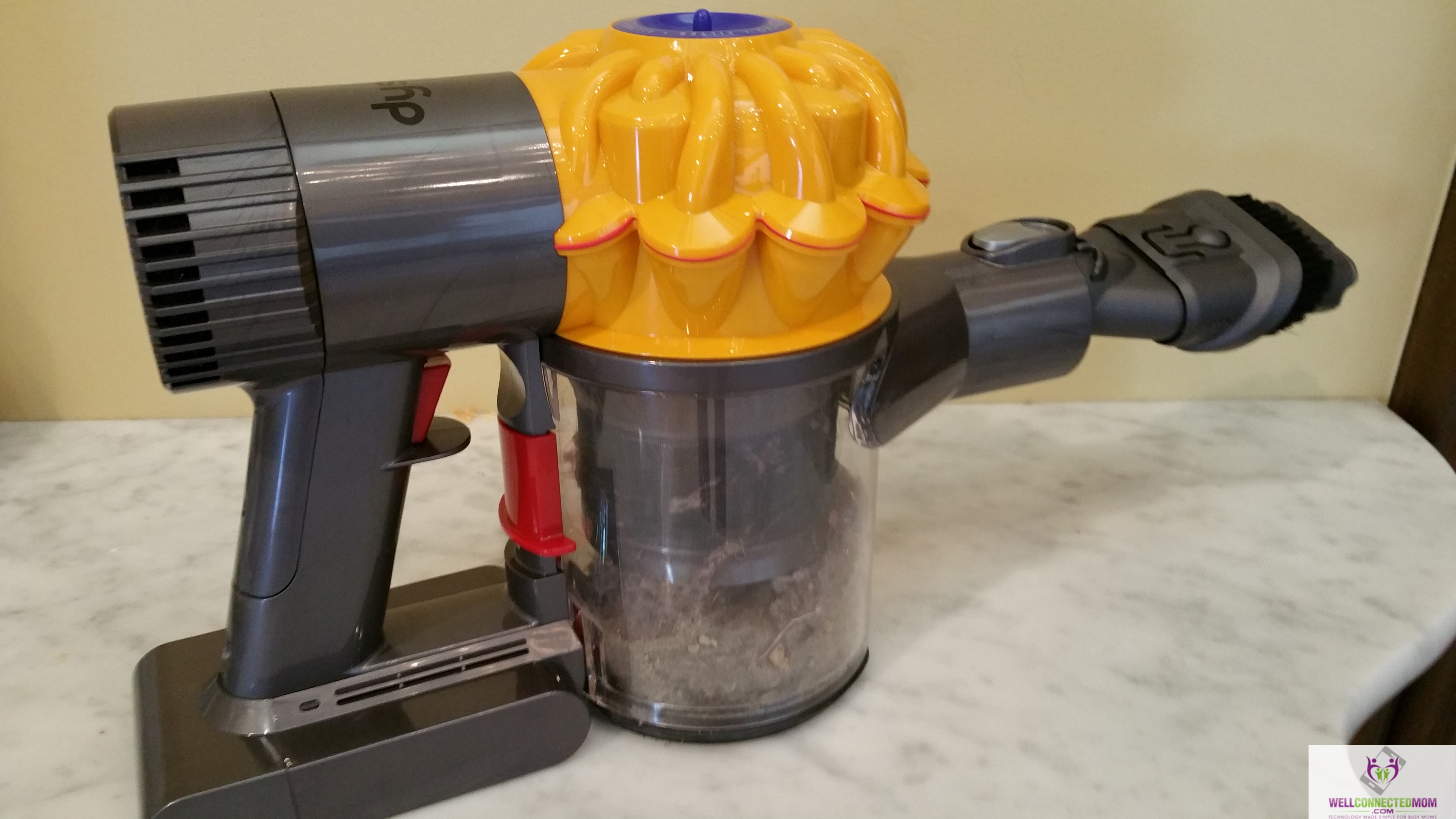 dyson 39 s cordless vacuum cuts the cord the well connected mom. Black Bedroom Furniture Sets. Home Design Ideas